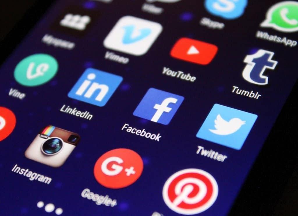 לוגואים של רשתות חברתיות